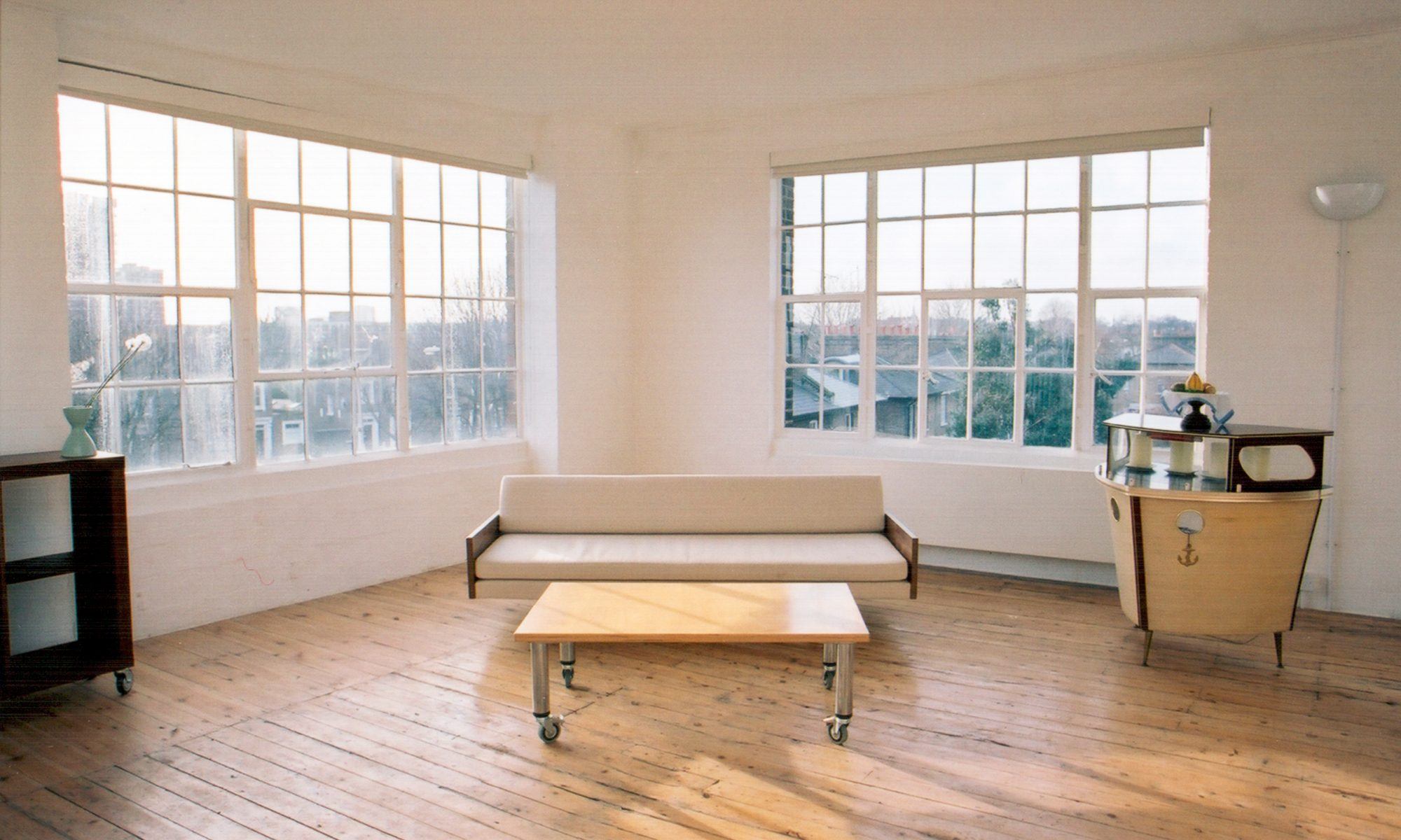Live work units, live work spaces and artists studios to rent in warehouses in London…
